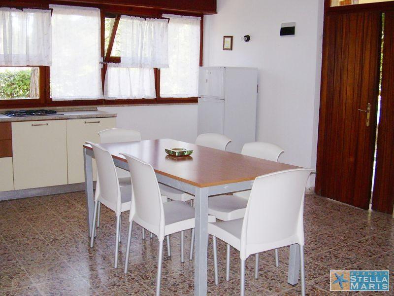 villa-Patrizia-1-02-agenzia-stellamaris-lignano