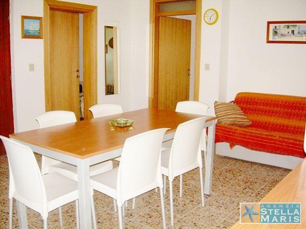 villa-Patrizia-1-04-agenzia-stellamaris-lignano