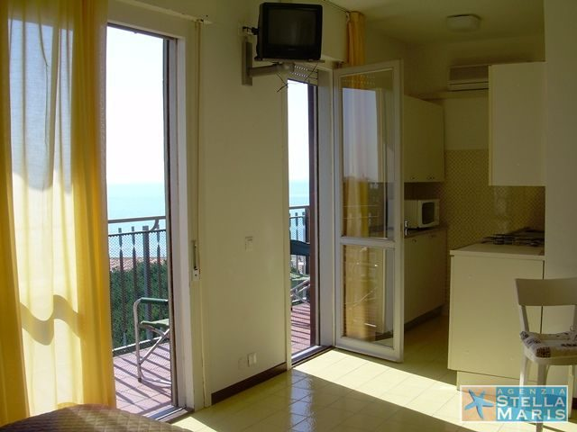 Aquilone-Residence-34-02-agenzia-stellamaris-lignano-1453583778