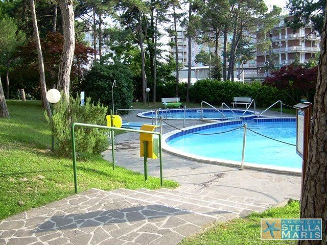 10-piscina3_Stella-maris-lignano