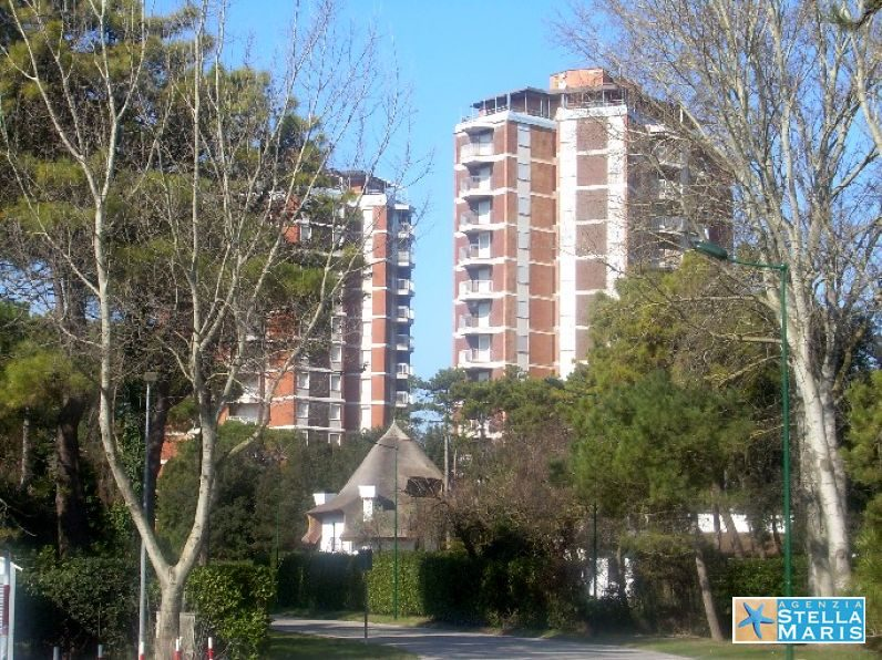 Condominio-due-torri-42a-17_Donatello2c